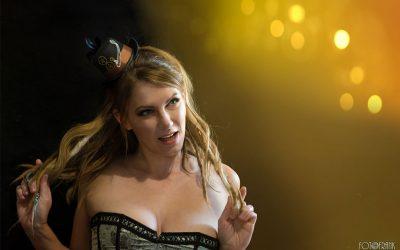 Peloco: Wenn man seine natürlichen Dreads ins richtige Licht rückt, wirken sie total weiblich und verspielt. (Copyright by: Foto Frank)