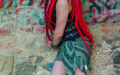 Fredy's Peloco Survivors: Redcolored natural dreadhead with synthetic dreads for more volumn (Copyright by: Manfred Voit)