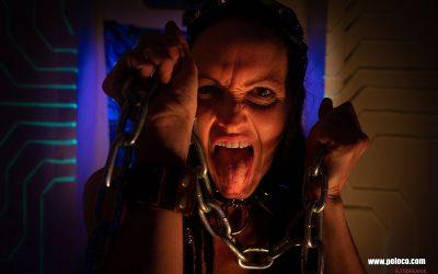 Franky's Peloco Flash: Dreadlockgirl Christina's verrückter Schrei nach Freiheit fässelt jeden Zuschauer. (Copyright by: FotoFrank)