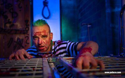 Franky's Peloco Flash: Ausbruch des Gefangenen Max mit seinen grünen Dreadlocks aus dem verrückten Peloco Todestrakt. (Copyright by: FotoFrank)