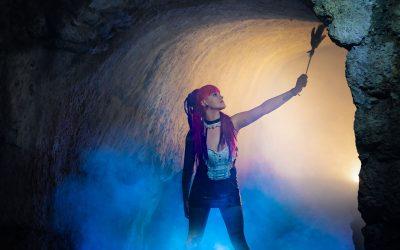 peloco2-punkgirl-im-disconebel