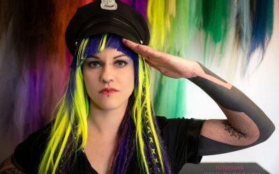 Franky's Peloco Virus: Die Peloco-Polizei grüßt die bunte Welt voll Dreadlocks, Extensions, Braids und Haarfarben. (Copyright by: FotoFrank)